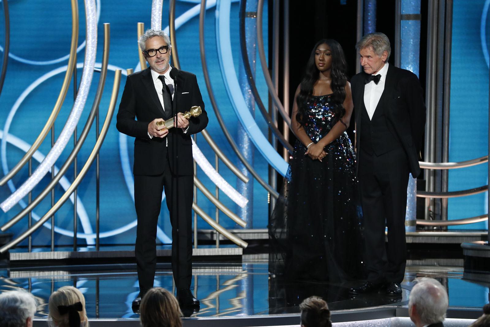 La cinta Roma de Alfonso Cuarón gana Mejor Película Extranjera y Mejor Director en los Globos de Oro.