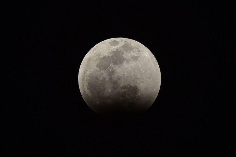 Aspectos del eclipse lunar desde Torreón.