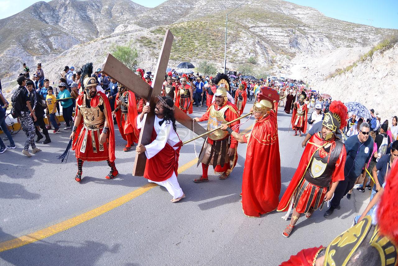La representación del Viacrucis del Santuario de las Noas inició este año sin la escenificación del juicio a Jesucristo, esto para agilizar el evento.