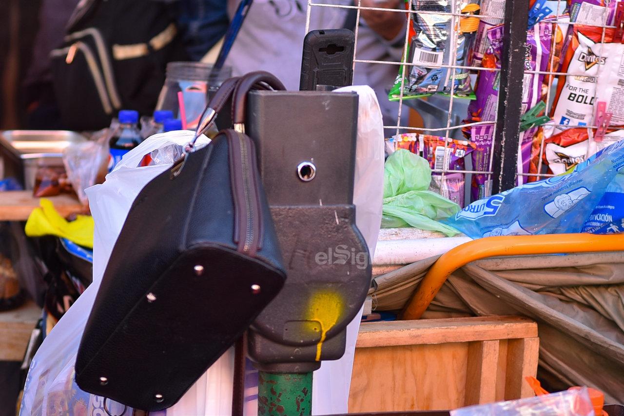 Rebasados. La mayoría de los estacionómetros de la ciudad datan de hace más de 10 años. Su tecnología se encuentra rebasada. En las vialidades principales como la Hidalgo y la Juárez estas son las condiciones de muchos de ellos.