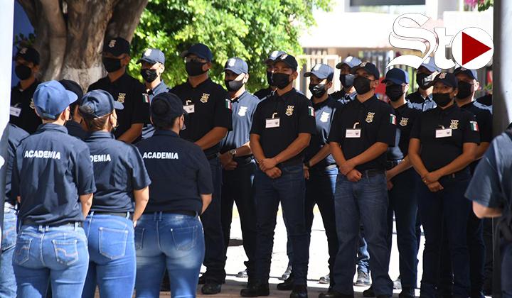 Alcalde señala que falta de policías es por rezago de años