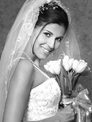 Ing. Karen Rivera Quiñones contrajo matrimonio religioso con el L.A.E Jesús Antonio García Aguirre el 7 de diciembre de 2002.