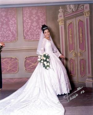 C.P. Brenda Angélica Martínez Estevane el día de su enlace matrimonial con  C.P.J. Salvador Rosales Arreola
