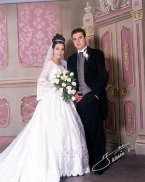 C.P. J. Salvador Rosales Arreola y C.P. Brenda Angélica Martínez Estevane contrajeron matrimonio el 21 de diciembre de 2002