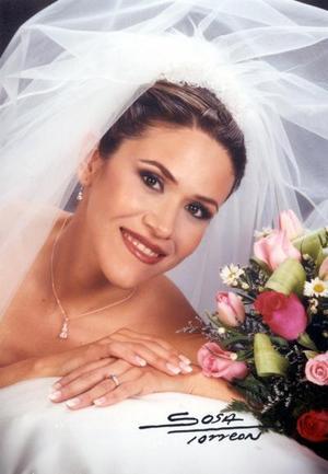Srita. Adriana Manzanera Hernández contrajo matrimonio religioso con el Sr. Fernando Javier López Zepeda