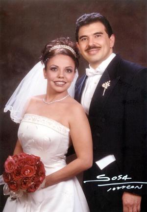 Dr. Rubén Alcántara Peraza e I.I.S Ma. Josefina Rodríguez Castillo, contrajeron matrimonio el 15 de febrero de 2003