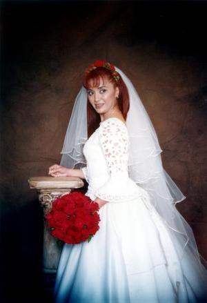 Maricela Garza Venegas el día de su enlace matrimonial con Wolter Johannes Hamstra, efectuado el 15 de febrero de 2003