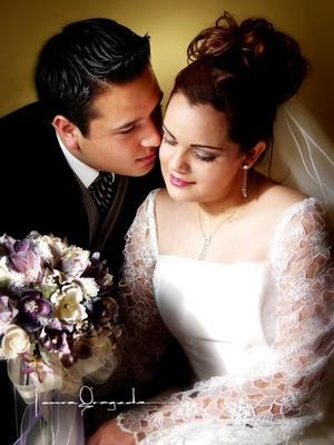 Lic. Jorge Estanislao Ortiz Reyes y Lic. Martha Elba García Helguera recibieron la bendición nucial el 21 de marzo de 2003
