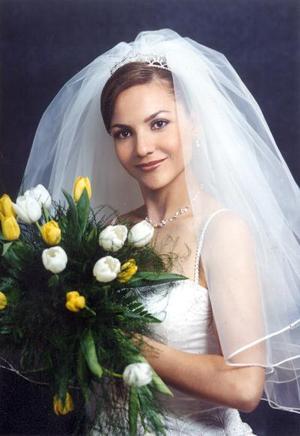 Lic. Georgina Romero Silerio contrajo matrimonio con Ing. Ernesto Chávez Castellanos el 5 de abril de 2003
