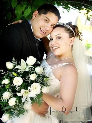 Sr. Ricardo Ayala Herrada y Srita.María Estela Gallegos Chávez contrajeron matrimonio el 25 de abril de 2003