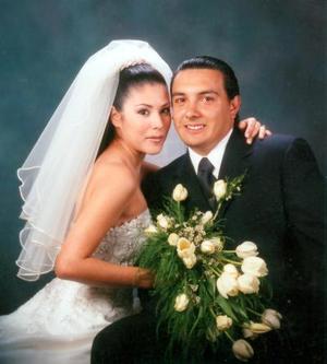 Ing. Héctor Serrano Acosta y Srita. Bertha Galindo Herrera unieron sus vidas en matrimonio el 20 de marzo de 2003