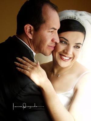 Ing. Luis Édgar Cervantes Silva y Lic. Gricelda Ivett Silveyra contrajeron matrimonio el 22 de marzo de 2003