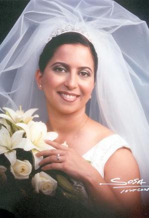 Lic. Mary Lou Elizondo Vázquez el día de su enlace nupcial con Sr. Ron Lewis Crace