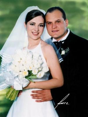 Sr. Julián Alba González  y Srita. Rocío Herrera Pereda contrajeron matrimonio religioso el 17 de mayo de 2003
