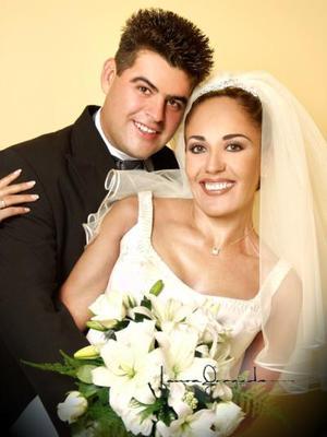 Sr. Jaime Ramírez Braña y Srita. Josefina Martínez Sánchez recibieron la bendición nupcial el 31 de mayo de  2003