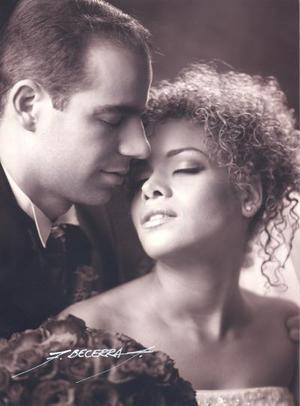 Sr. Federico Cassio Calderón y Srita. Gladiuska García Hernández contrajeron matrimonio religioso el 29 de marzo de 2003