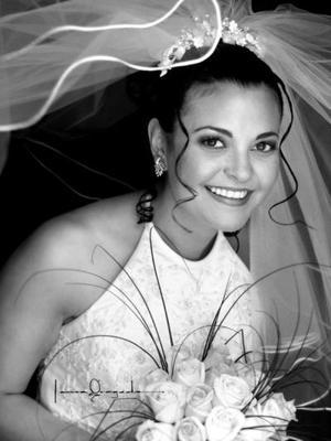 Srita. Nadia Díaz Velázquez el día de su enlace nupcial con el Sr. Jack Allen Norris