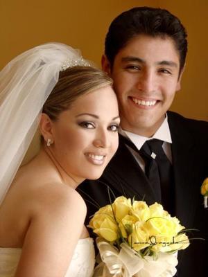 Ing. Jesús Raúl Silva  Téllez y Srita. Sindhel María Alejandra Rodríguez Nava contrajeron matrimonio cristiano el 31 de mayo de 2003
