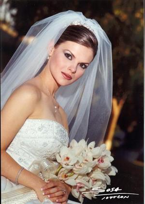 Srita. Karina Martínez Flores el día de su enlace matrimonial con Sr. Arturo Ortiz Galán