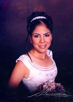 Srita Karina Marisol Mendoza Díaz el día de su fiesta de quince años