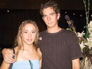 Ana Cristina González y Óscar Chávez.