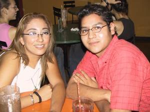 Ivonne Fabela y Juan Gabriel Escobedo.