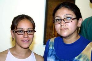 Milis Martínez y Nadia de León captadas recientemente.