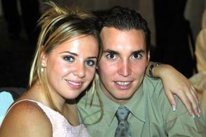 Érika Gama y Arturo Sandoval.