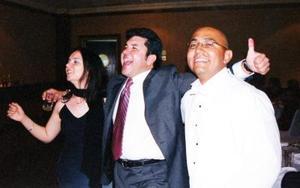 Miriam de Montenegro y Cutberto Anduaga invitados que llegaron de Dallas Texas  a la boda de Ramiro Flores y Raquel Moroles.