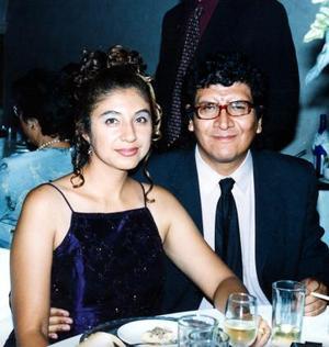 Teresa Muñoz de Ramírez e Irving Ramírez asistieron a la boda de Arturo Muñoz y María Guadalupe Muñiz.