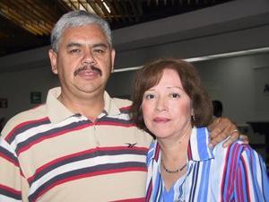Jorge Ríos y Yolanda ríos viajaron a Culiacán en plan de trabajo.