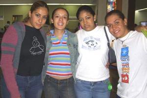 Mariana de Galván Zapata viajó a la Ciudad de de México la despidieron, Analú Ramírez , Marifer Gutiérrez y Fabiola Delgado.