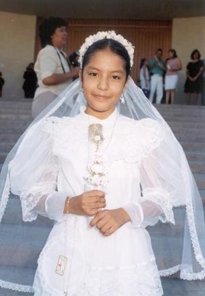 Mayra del Mar Camacho Arrañaga efecutó su Primera Comunión el pasado 14 de junio.