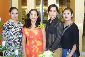 Lourdes M de Limones, Eunice B. de Juárez y Claudia B. de Jiménez.
