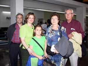 A Cancún de vacaciones, viajaron Carlos Sánchez, Paty García, Marli Sánchez, Marli de Sábchez y Carlos Sánchez.