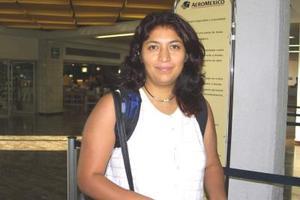 Isaura Bond regresó a la ciudad de México, luego de tratar asuntos de trabajo en la Laguna.