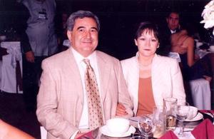 Hermenegildo Martínez y María de Jesús de Martínez.
