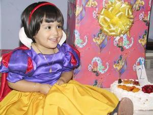 Annelia cumplió dos años de edad, y fue festejada por sus padres Francisco Meléndez y Elizabeth Arriaga de Meléndez.