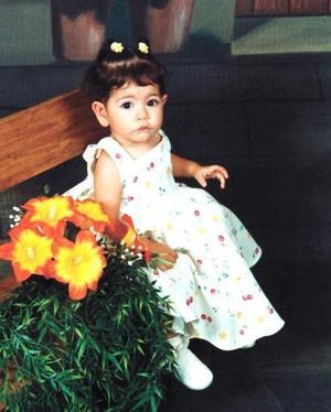 Niña Alondra Itzhel Rodríguez Rubio cumplió un año de vida y fue festejada por sus papás Jorge Alberto Rodríguez y Jaqueline Rubio de Rodríguez.
