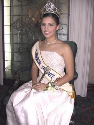 La señorita Amalia Ayup González, reina entrante del Club Rotario Torreón Oriente.