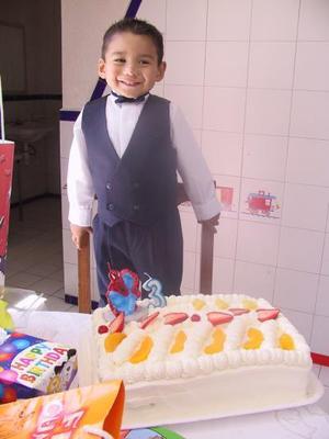 Abraham Ernesto festejó su tercer cumpleaños.