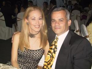Jéssica de Ramírez y Juan Pablo Ramírez .