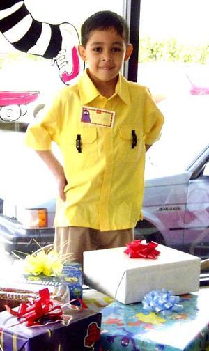 Por su cumpleaños, el niño Ricardo Alonso fue festejado por sus papás Ricardo García y Minerva Ramos