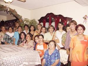 Con una fiesta de canastilla festejaron a Talía Montelongo de Rentería, organizada por Rocío y Raquel Magellanes.