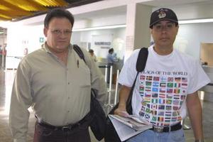 Alberto Fierro y Carlos Aguilar regresaron con destino a la Ciudad de México.