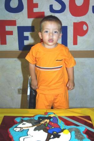 Dos años de edad celebró el niño Jesús Felipe Gaitán Gutiérrez, con una gran fiesta preparada por sus papás Jesús Felipe Gaitán Moreno y Berenice Gutiérrez de Gaitán