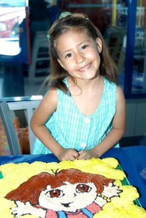 Estefany Murra Juárez disfrutó de su fiesta de cumpleaños organizada por sus papás, Yair y Aurora Murra