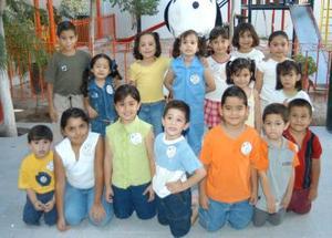 Jocelyn Rodríguez de la Cruz festejó su sexto cumpleaños en compañía de sus amiguitos con un convivio que le ofreció su mamá Bebid de la Cruz López.