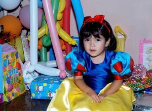 María Fernanda Compeán Hernández en la fiesta que le ofrecieron sus padrés José Compeán y Guadalupe Hernández con motivo de sus dos años de edad.