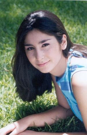 Karla Ivonne Flores González hija de Carlos Flores Chibli y Martha González de Flores